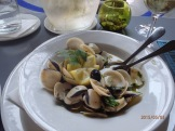Almejas, our all time favourite, clams cooked in olive oil and garlic!