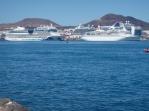 5000 cruising tourists arrives