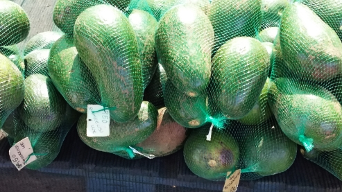 7kg Avocado for 50 ZAR (SEK 28)